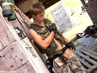Cute soldier jerking offf huge dick