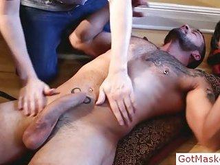 Uncut stud gets great blowjob