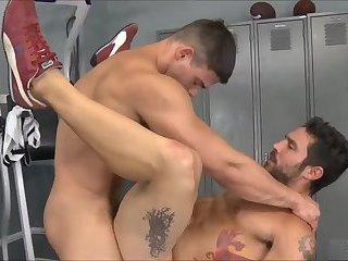 Luscious Dudes In Tats Fucking